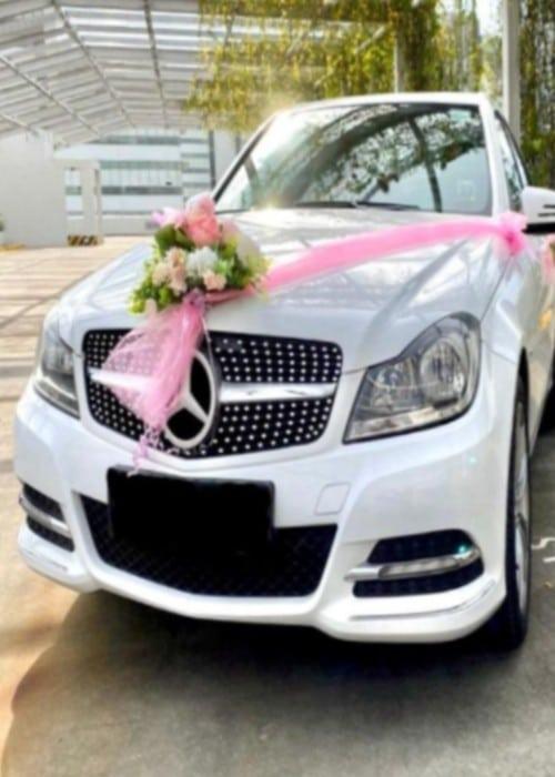 rent a mercedes for wedding